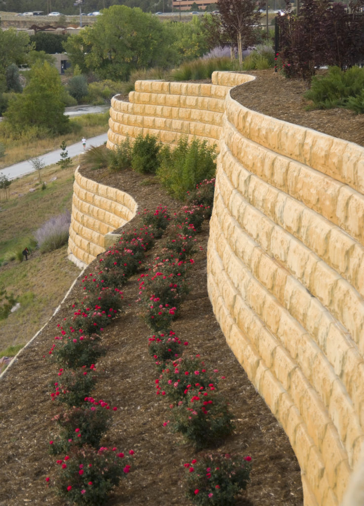 university-village-colorado_attractive_and_functional_retaining_wall_design