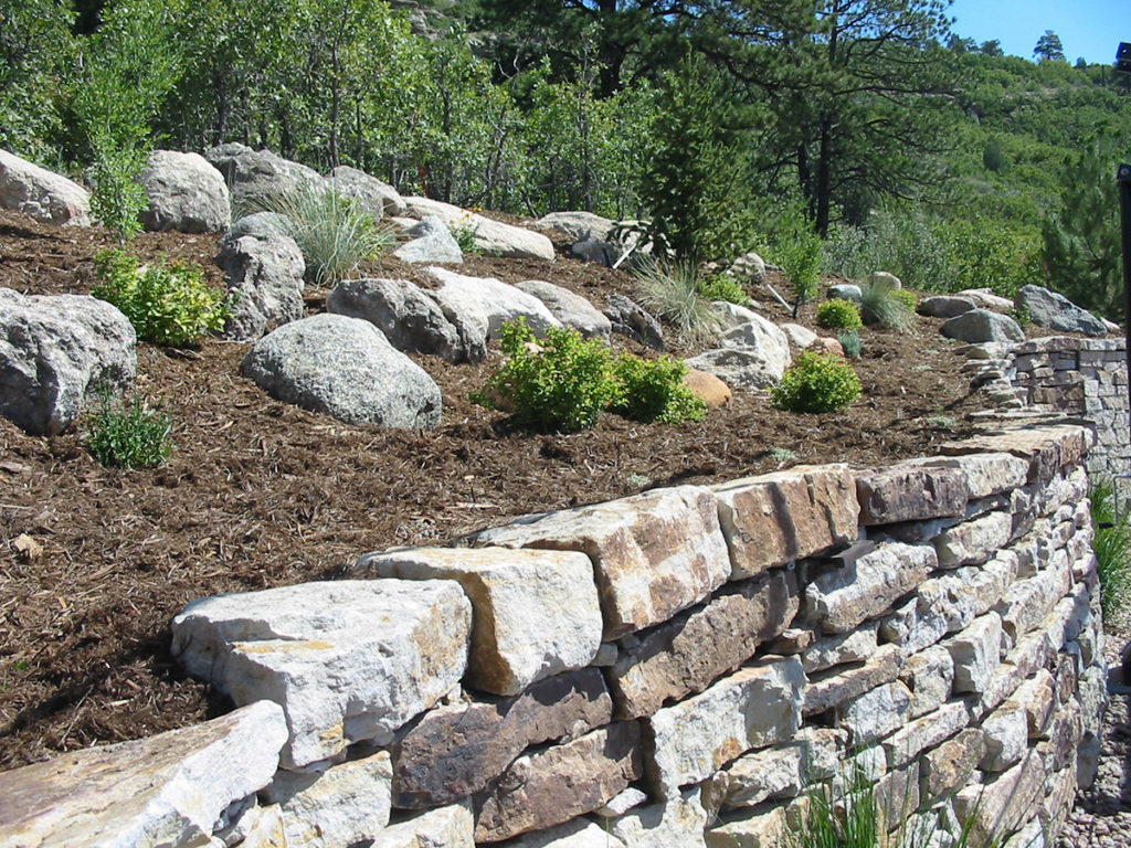 private_residence_rock-wall